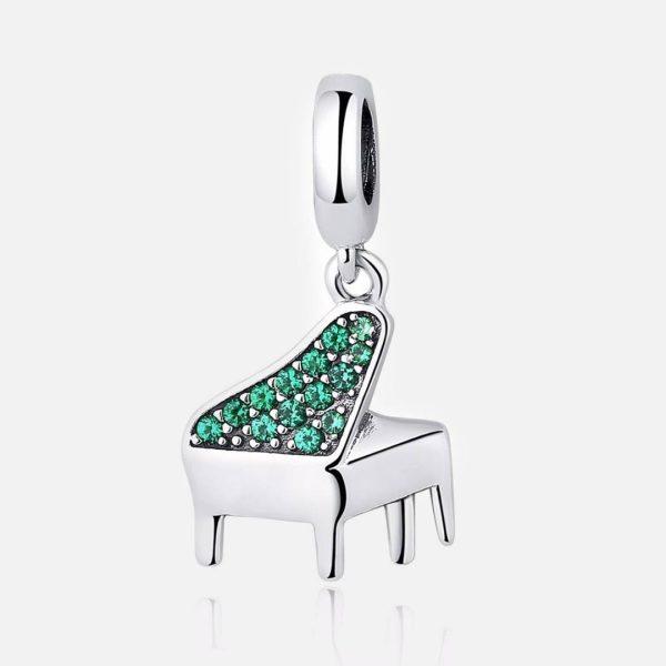 Ezüst kristályos zongora charm