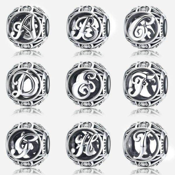 Ezüst vintázs betű charmok