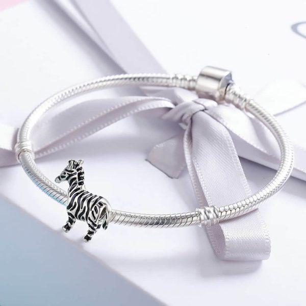 Ezüst zebra charm